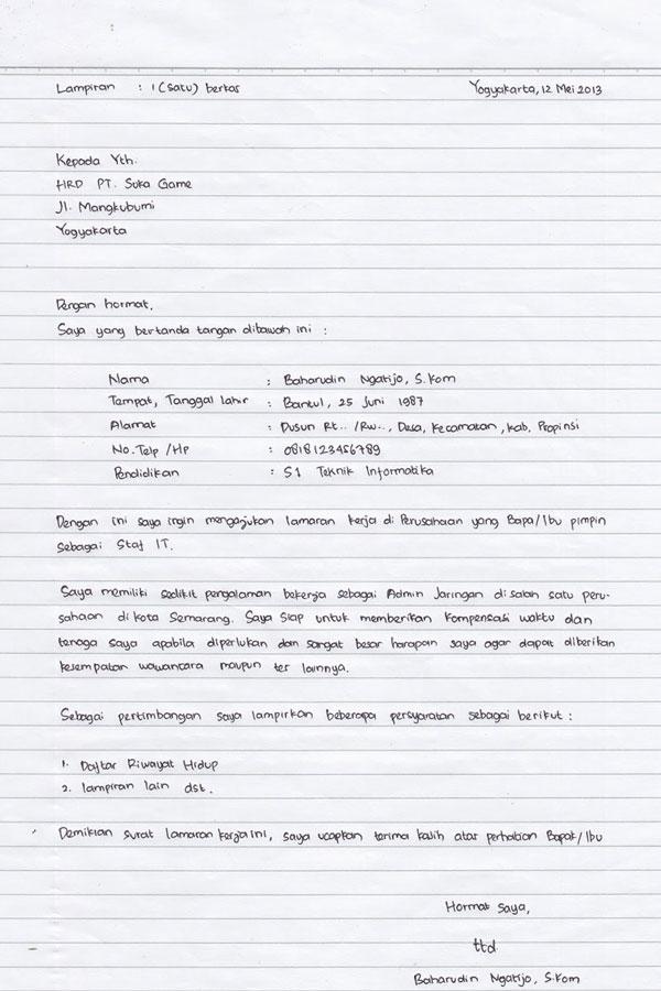 Contoh Surat Lamaran Kerja PT Bahasa Inggris, Tulis Tangan DLL