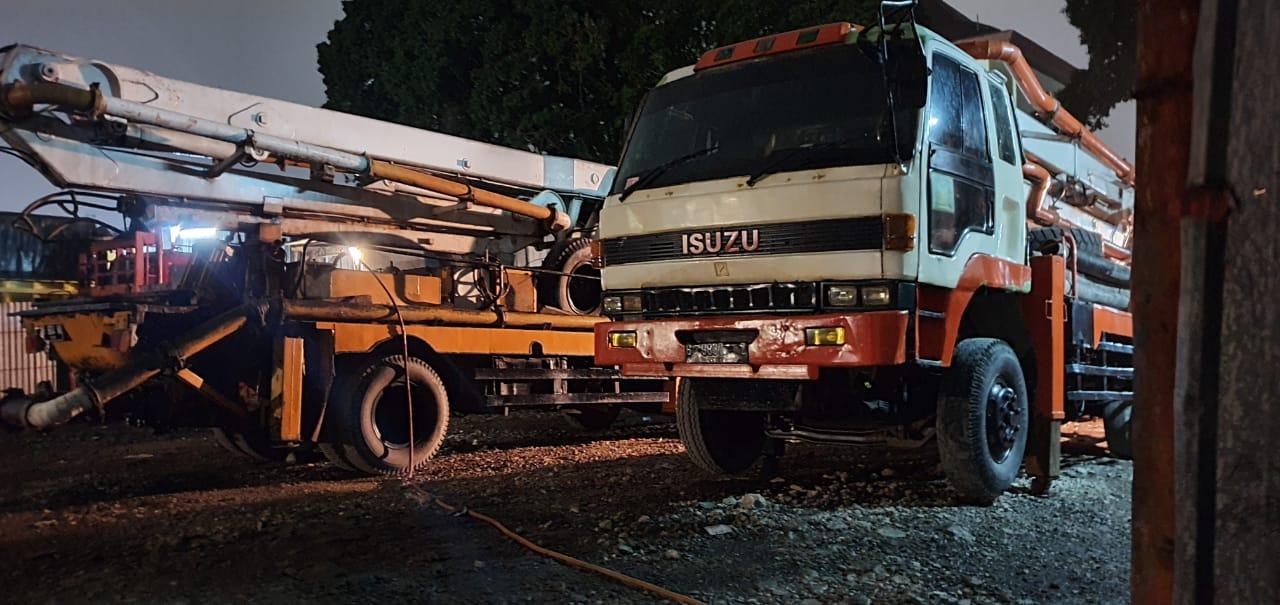 Jenis Sewa Mobil Concrete Pump Mesin Pompa Beton Cor Jakarta Murah (4)