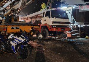 Jenis Sewa Mobil Concrete Pump Mesin Pompa Beton Cor Jakarta Murah (1)